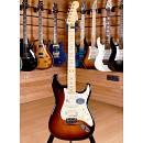 Fender American Deluxe Stratocaster HSS Maple Fingerboard 3 Color Sunburst 2010