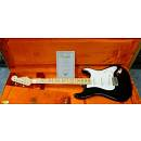 Fender 1956 Stratocaster NOS ( Drums & Music � Dealer Fender Custom Shop )