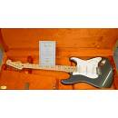 Fender Clapton Stratocaster Custom Shop(Dealer Fender Custom Shop )PARI AL NUOVO