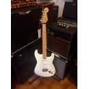 Fender Stratocaster Standard Mexico Arctic White - MEX