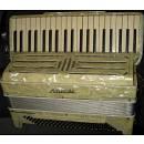 Fisarmonica Moreschi 120 bassi made in Italy 1941 vendo scambio