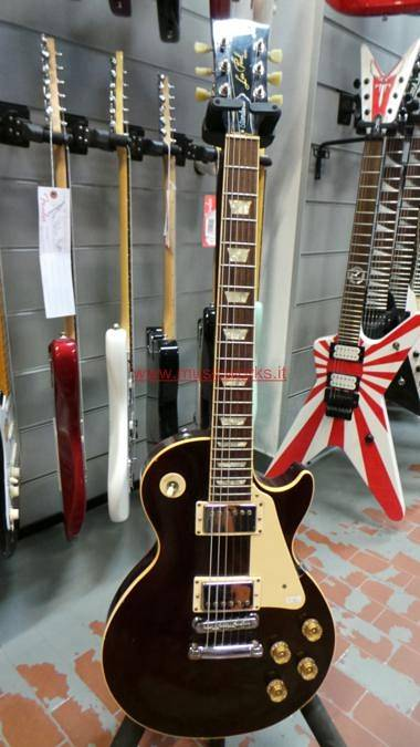 GIBSON - LES PAUL STANDARD 1995 WINE RED .