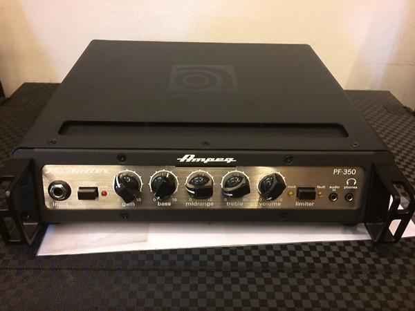 Ampeg PF350 Portaflex Bass Head 350W