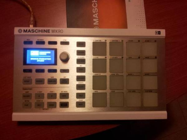 Native Instruments Maschine Mikro 2.0