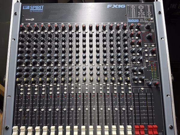 Soundcraft FX16