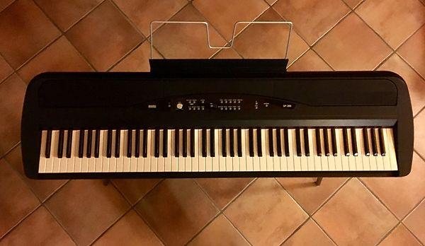 Korg SP-280 BK