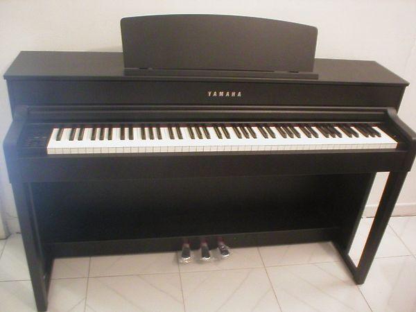 Yamaha clp 575