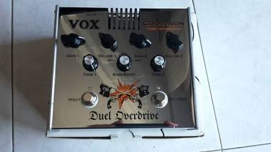 VOX DUEL OVERDRIVE CON BOOST' / 2 OVER DRIVE + BOOSTER VALVOLARE'  IN UN PEDALE