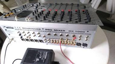 Mixer Behringer DX 1000