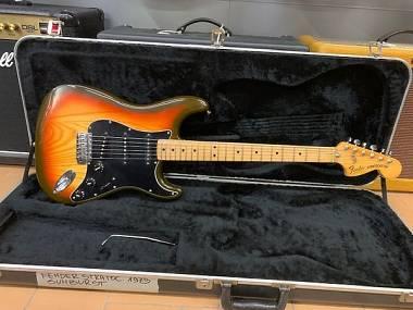 Fender Stratocaster Sunburst anno 1978/79 ECCELLENTI CONDIZIONI + case Fender