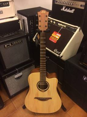 LAG Guitars t70 dce ex demo