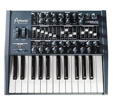 ARTURIA MINIBRUTE  SYNTH ANALOGICO