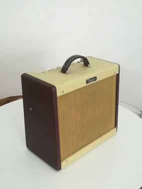 Fender Blues Junior limited edition combo valvolare 15w