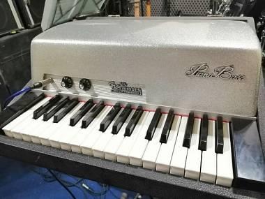 Fender RHODES PIANO BASS - doors