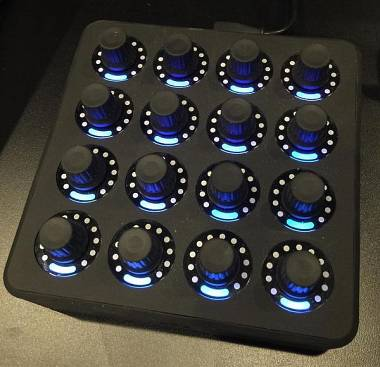 DJ-Tech DJ Tech­tools Midi Fighter Twi­ster black