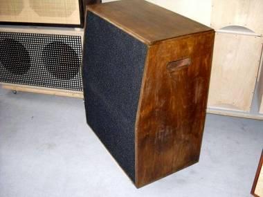 "AUDIO DEFINITION P.A. GUITAR AMP BOX 2X12"" RECTIFIER"