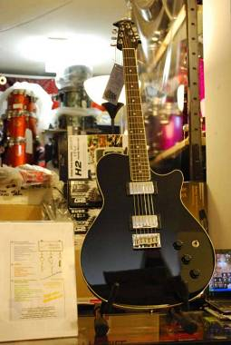 "Ovation ""VXT5 MADE IN USA"" Elettrica,Seymour Duncan'59 e Piezo!Guarda il video!!"