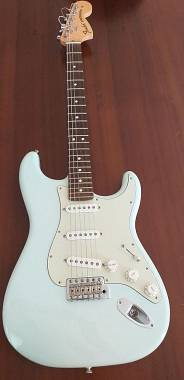 Fender Stratocaster american special sonic blue