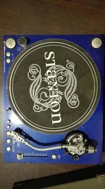 Stanton Piatto STANTON ST-150 digital turntable