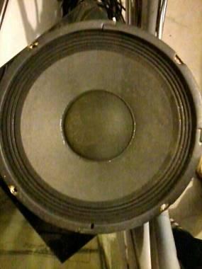 Crate 4 ohm x basso da 10 pollici
