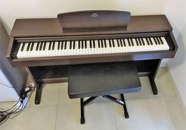 Pianoforte digitale yamaha ydp arius palissandro con sgabello