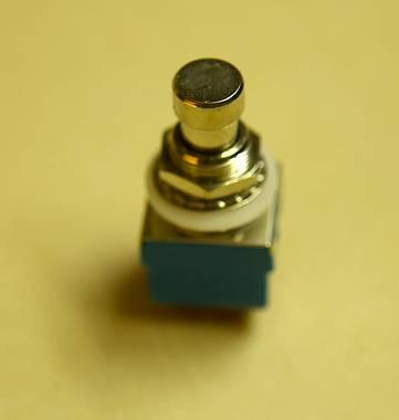 Switch 3PDT True Bypass per modifica e customizzazione effetti a pedale