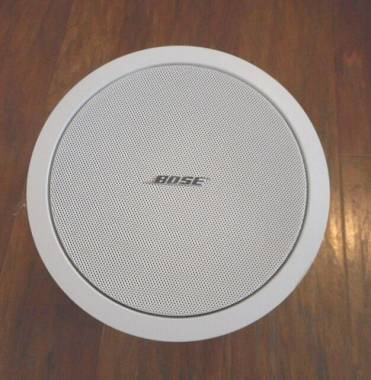 BOSE FREESPACE MODEL 32  CASSA INCASSO 4 OHM 32W