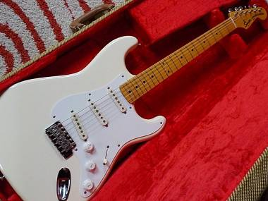 Fender SQUIER JV STRATOCASTER
