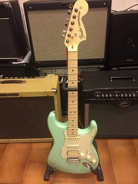 Fender stratocaster performer hss