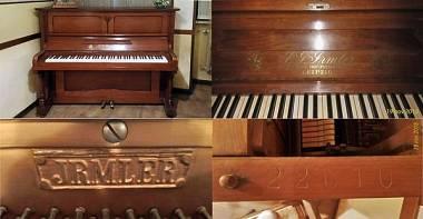 Pianoforte IRMLER datato 1920 come risulta da matricola intagliata internamente