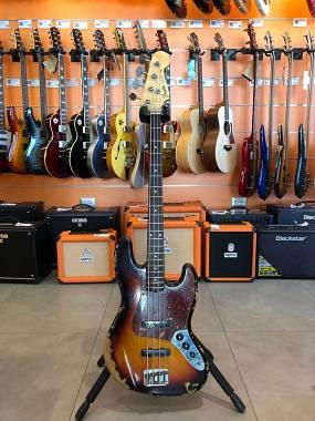 Fender Jazz Bass Custom Shop 64 Relic