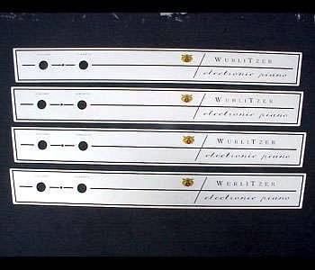 Mascherina nuova per Wurlitzer 200/200A.