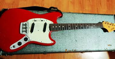 1965 Fender Duo Sonic II (Due) Dakota Red. (simile Mustang,Musicmaster)