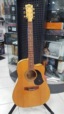 Maton Guitars EST65C Stage Deluxe Maple