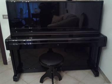 pianoforte verticale Weinbach