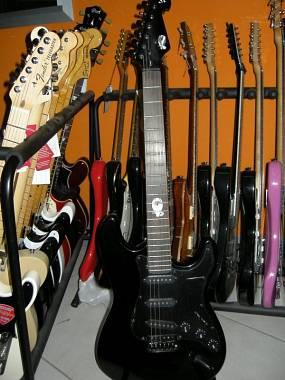 CHITARRA ELETTRICA SX STRATOCASTER + plettro Fender omaggio -OFFERTISSIMA