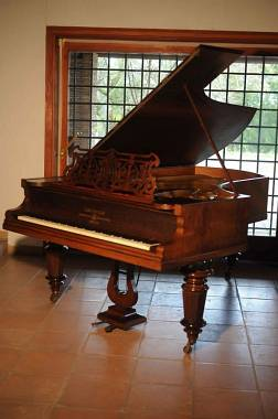pianoforte mezzacoda Bechstein