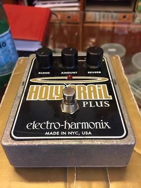 Electro Harmonix Holy Grail plus