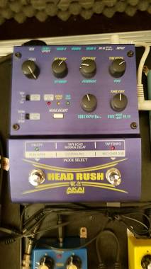 "LOOPSTATION CON EFFETTI "" Akai Head Rush """