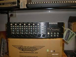Samson S8 Mixer Amplifier