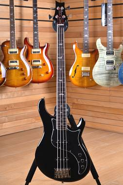 PRS Paul Reed Smith SE Kestral Bass Black