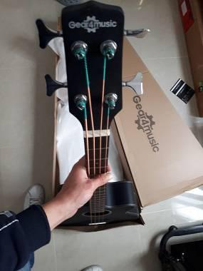 gear4music basso  GEAR4MUSIC ELETTROACQUISTICO BASSO - #6140269 - su Mercatino ...