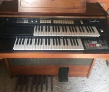 organo farfisa vintage