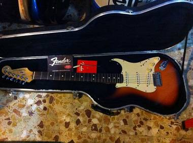 Fender STRATOCASTER ANNIVERSARY 40th 1994