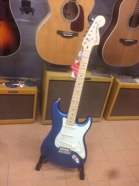 Fender Stratocaster American Performer Satin Lake Placid Blue