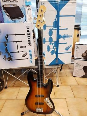 SQUIER JAZZ BASS VINTAGE MOD. 3TS FRETLESS