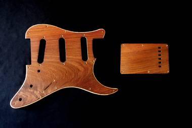 mascherina Stratocaster Style  in legno Palissandro Messicano 2 Livelli