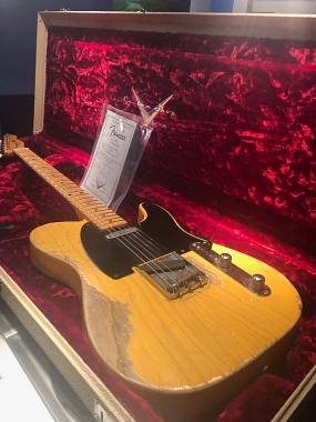 FENDER TELECASTER 52 LIMITED EDITION  CUSTOM SHOP RELIC BUTTER SCOTCH