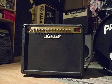 Amplificatore Marshall JCM600 Vintage Combo Valvolare 60w (spedizione inclusa)