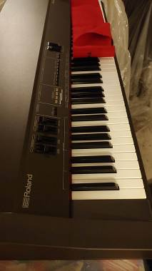 ROLAND RD-300S DIGITAL STAGE PIANO
